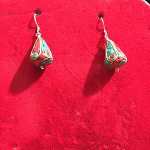 Silver earrings wit turquoise with coral